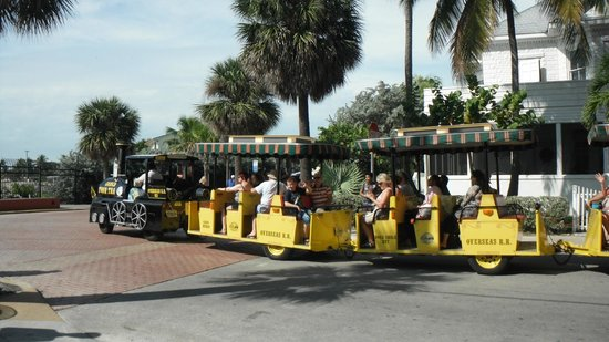 Florida Keys Visitor Center : take a tram tour