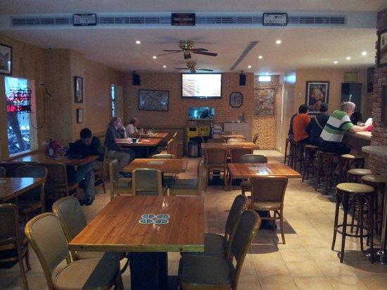 Photo of Bar Malibu at No. 23-4 Shuangcheng Street, Zhongshan District, Taipei, Taiwan