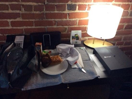 Hotel des Coutellier: Le déjeuner boite à lunch