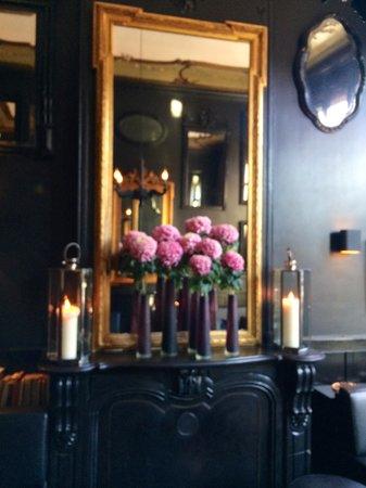 Canal House: The bar