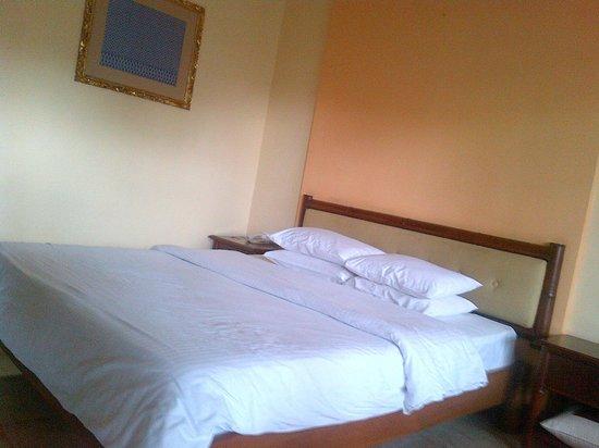 Grand Istana Rama Hotel Bali : My bed