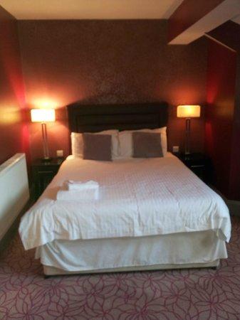 Gardens Hotel: Comfy bed