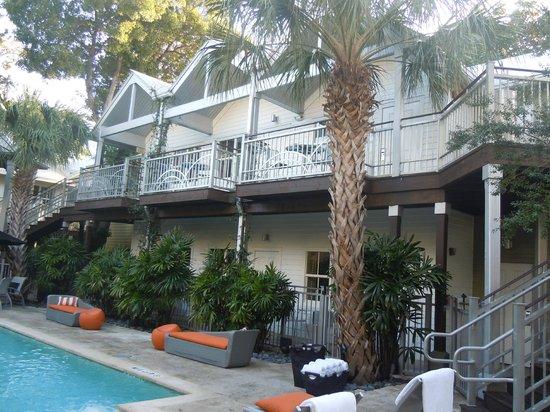 Truman Hotel: Blick vom Innenhof mit Pool