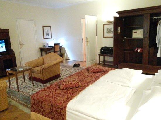 Radisson Blu Hotel Altstadt, Salzburg: Oda görüntüleri