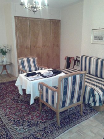 Pension Sacher: Sitting Area