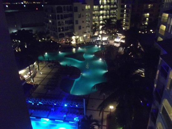 Occidental Costa Cancun: Vista de la piscina desde mi habitación
