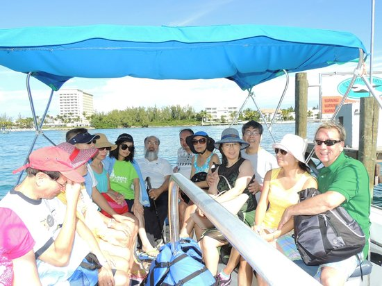 Total Package Watersports Cruise: Dangerous Crowed Boat Ride