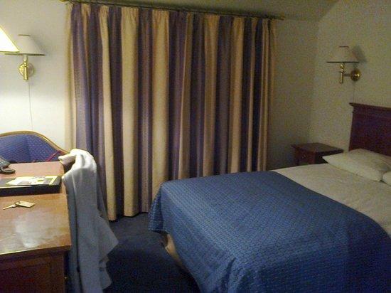 Gentofte Hotel: Desk in room 404