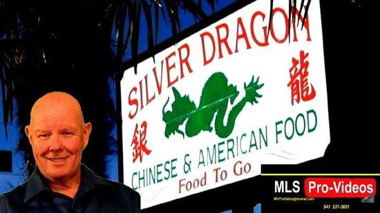 Silver Dragon: Street sign