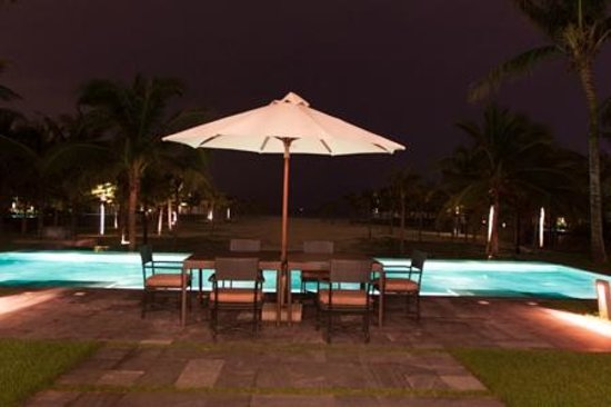 The Nam Hai Hoi An: Private Pool at Night
