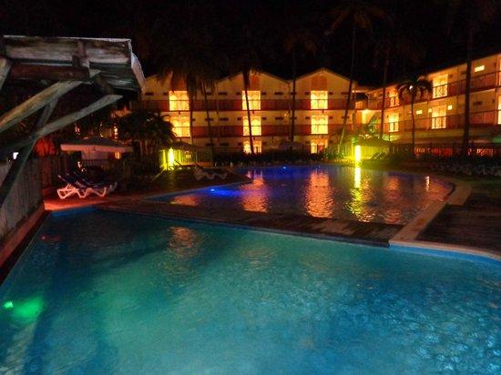 Carayou Hotel & Spa: vu exterieur de l' hotel