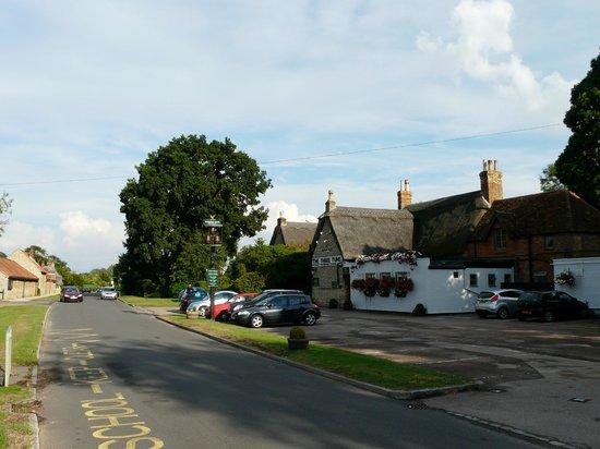 The Three Tuns, Biddenham