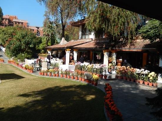 Shangri-La Hotel Kathmandu: Hotel restaurant