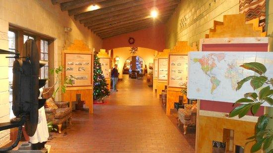 La Posada Hotel : La Posada's story hall