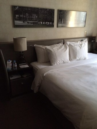 "The Westin Paris - Vendome: ""heavenly"" bed :)"