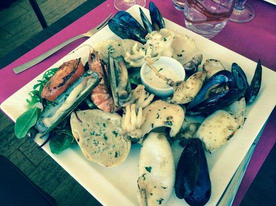 Restaurant La Riviera: la parrillada