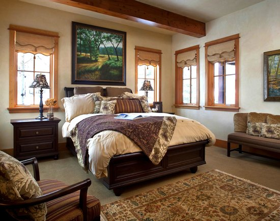 The Porches : All of our bedrooms provide enough space to recharge
