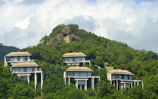 Banyan Tree Samui: hill crest villas - I-08 is on the extreme right