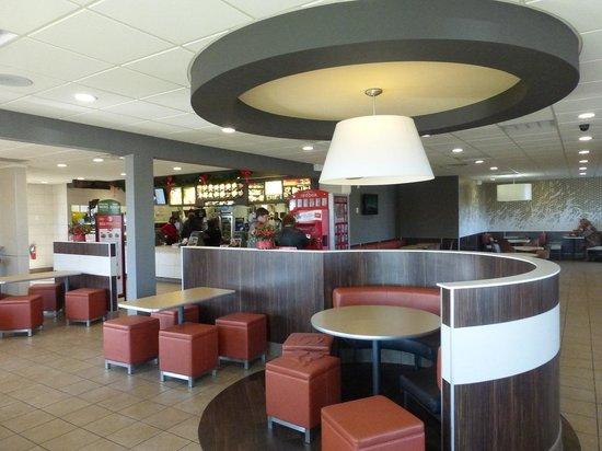 McDonald's: Interior of Elkton McDonalds Belle Hill Rd