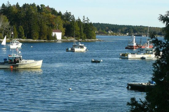 Quahog Bay Inn in Harpswell, Maine: Quahog Bay from our front window
