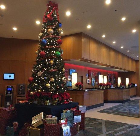 The Westin Dallas Park Central: Lobby, December 2013