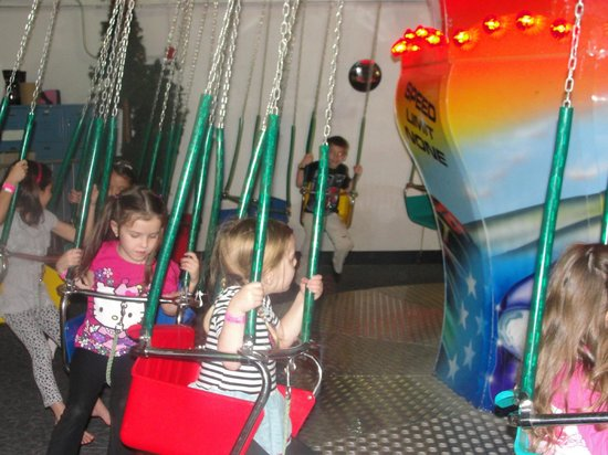 Lollipop Park : Swings were high flying fun!