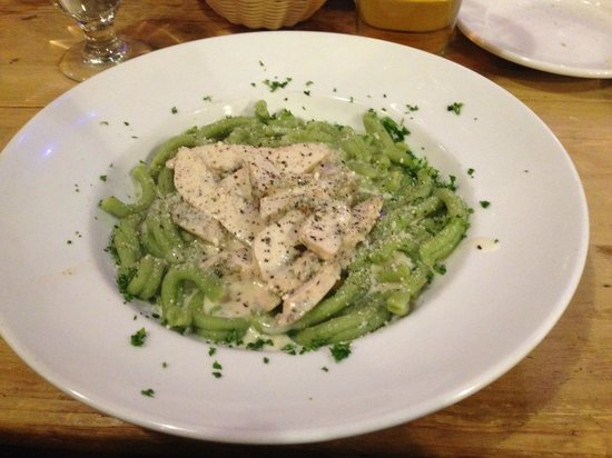 Pasta Lupino Gourmet Whistler: Al fredo with Chicken (Short Spinach Cesare)