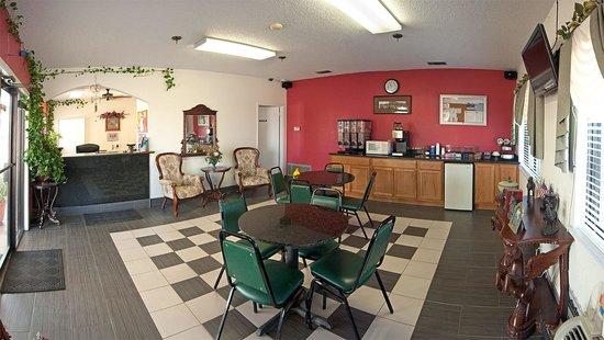 Executive Inn: Continental Breakfast