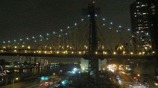 The Bentley Hotel: Queensboro bridge