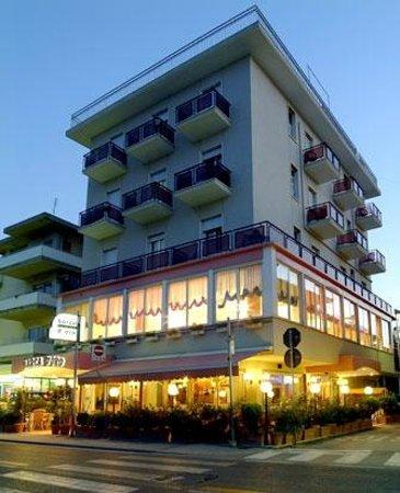 Hotel Barca d'Oro : Esterno