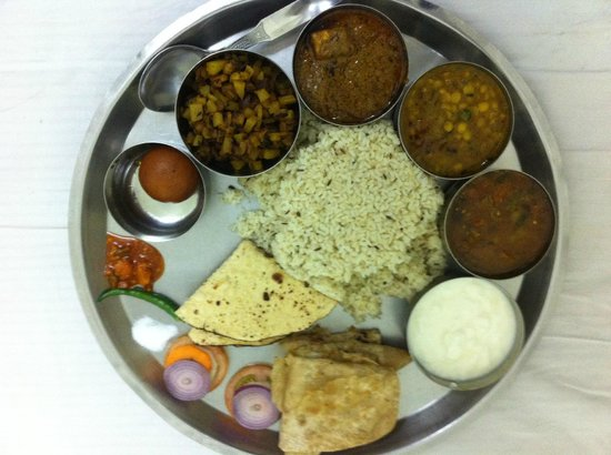 Hotel Devika : Special thali!