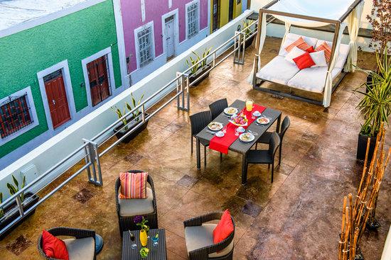 Hotel H177 : Terraza