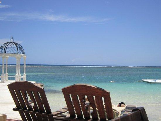 Sandals Royal Caribbean Resort and Private Island: Great Jamaican getaway