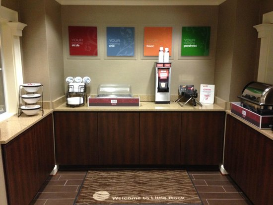 Comfort Inn West: Complimentary Full Hot Breakfast