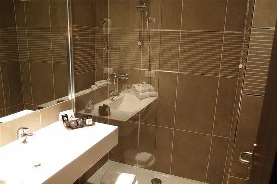 B&B Hotel Trento: Bagno