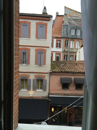Novotel Toulouse Centre Wilson : view from the room