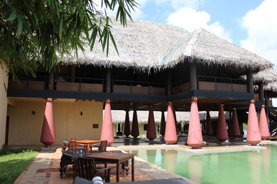 Jetwing Vil Uyana: over seeing the dining place