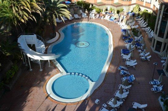 Hotel Neptuno Gran Canaria: Piscina