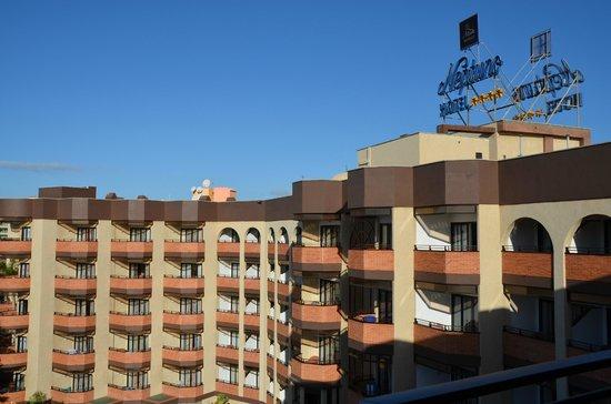Hotel Neptuno Gran Canaria: Fachada del hotel