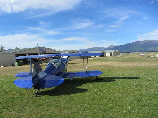 Southern Lakes Learn to Fly: Pitts Special S2B