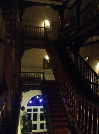 Knighton Hotel: great stairs
