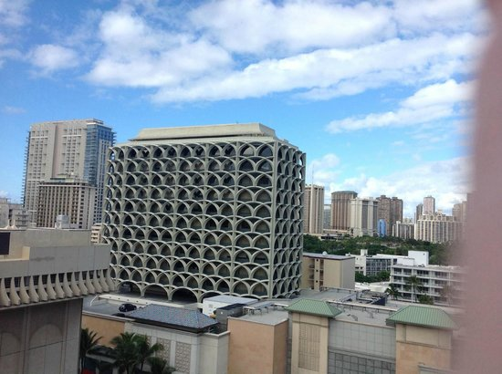 View from 13th floor picture of shoreline hotel waikiki for 13th floor in hotels history