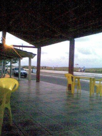 Guriri Beach: Castanheiras