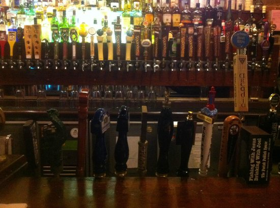 Ashley's Ann Arbor: Beer on tap