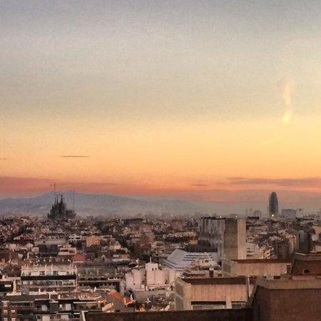 Gran Hotel Torre Catalunya: sunrise