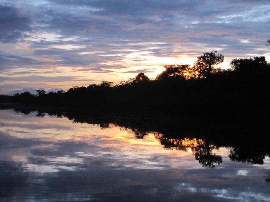 Amazonia Expeditions' Tahuayo Lodge: Sunset near the ldge