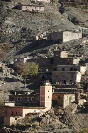 Sun Trails Boutique Morocco Private Tours : ounila valley