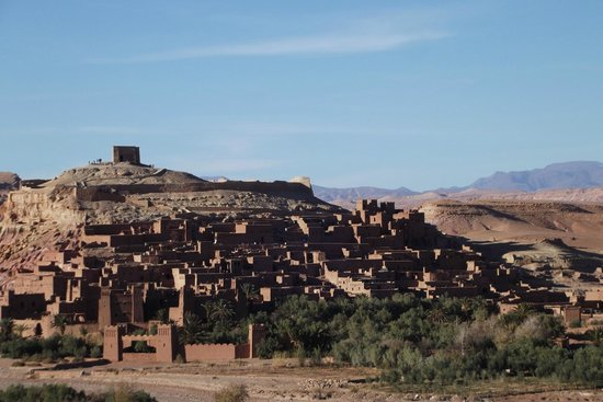 Sun Trails Boutique Morocco Private Tours : ait benhaddou