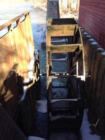 War Eagle Mill : the water wheel
