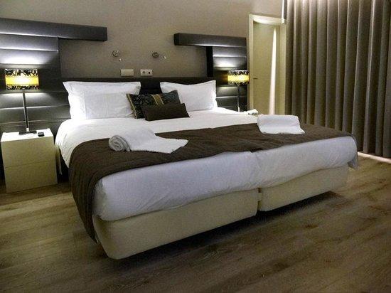 Chambre standard picture of aqua ria boutique hotel for Boutique hotel faro